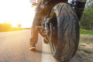 In Deutschland gilt die Pflicht für das Tagfahrlicht nur für Motorrad-Fahrer.
