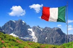 Für einen Strafzettel aus Italien beträgt die Verjährungsfrist entweder 365 Tage oder 5 Jahre.