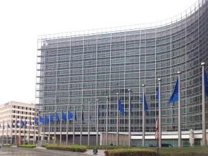 Der Verlauf einer Europastraße wird in Deutschland und auch generell von der UNECE bestimmt.