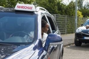 Sehtest: Die praktische Autoprüfung kann nur mit vorliegender Bescheinigung absolviert werden.