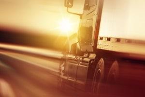 Ein Fahrsicherheitstraining für LKW ist gesetzlich vorgeschrieben, wenn diese gewerblich fahren.