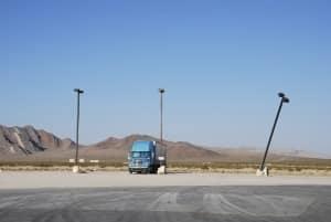 Das LKW-Fahren ohne Führerschein ist oft nur auf Privatgelände erlaubt.