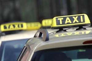 Seit 2014 gilt auch für Taxifahrer die Anschnallpflicht.