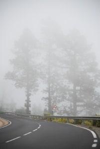 Ob 20 oder 30 km/h zu schnell: Auf der Landstraße drohen Sanktionen- auch wenn die Fahrweise nicht angepasst ist.