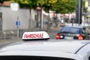 Ein Fahrtraining ohne Führerschein ist nur unter bestimmten Voraussetzungen möglich.