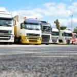 Für LKW gelten beim Parken die gleichen Regelung wie für alle anderen Kraftfahrer auch.