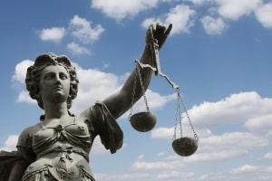 Nach § 67 OWiG können Betroffene Einspruch gegen einen Bußgeldbescheid einlegen.