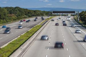 Überwachung der Geschwindigkeit: Ist der Toleranzabzug immer gleich?