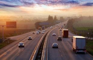 Kraftstoffverbrauch und Geschwindigkeit stehen im engen Verhältnis zueinander.