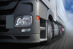 Unternehemenskarte beantragen: Bei DEKRA, TÜV und Ordnungsamt sowie bei der Fahrerlaubnisbehörde kann das erfolgen.