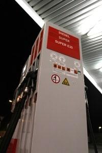 Verbrauchsarme Autos generieren einen geringen Schadstoffausstoß.