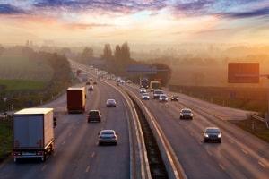 Abstandsmessung auf der Autobahn: Wenn Sie Einspruch einlegen, sollten Sie diesen gut begründen.