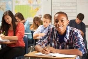 Bei Missachten der Schulpflicht droht ein Bußgeld
