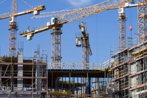 Es gibt ein Bußgeld bei fehlendem Arbeitsschutz auf Baustellen