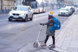 Sicherer Schulweg: Ab wann kann ein Kind alleine zur Schule gehen?