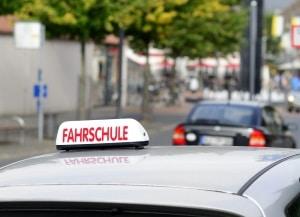 Einen Nicht-EU-Führerschein umschreiben zu lassen , kann erneute Prüfungen bedeuten.