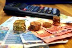 CE-Führerschein: Die Kosten sind meist im drei- bis vierstelligen Bereich.