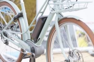 E-Bike oder Pedelec? Der Unterschied liegt in der Antriebsart.