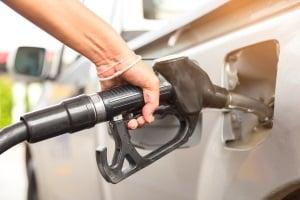 Mehrverbrauch: Ein Fahrradträger kann an der Tankstelle für große Augen sorgen.