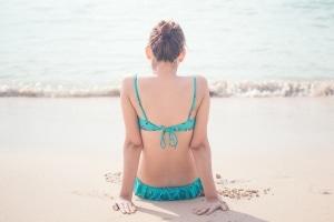 Welche Baderegeln müssen Sie für einen Tag am Strand kennen?