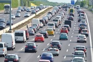 Das Fahren während ein Fahrverbot gültig ist, hat rechtliche Folgen.