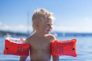 Die Kenntnis der Baderegeln sorgt für mehr Sicherheit im Wasser.