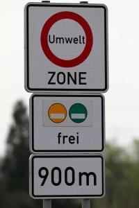 Ein LKW-Fahrverbot am Sonntag existiert in Belgien nicht, eines im Umweltzonen dagegen schon.