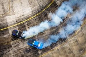 Beispiel für eine Straftat im Straßenverkehr: Illegale Autorennen.