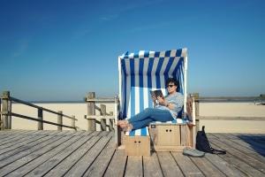 In der Nähe von Strandkörben besteht meist ein Strandmuschel-Verbot.