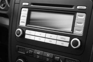 Übers Autoradio kann eine Freisprecheinrichtung ebenfalls laufen.