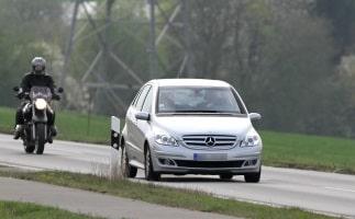 Eine Autoversicherung müssen Fahranfänger in Österreich selbstverständlich auch haben, wenn sie mit dem eigenen Wagen fahren.