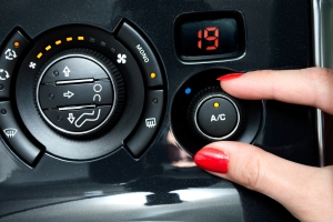 Bei der Bewertung von Gebrauchtwagen fließt auch die Klimaanlage ein.