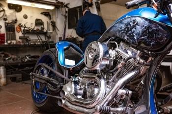 Motorrad aufrüsten: Strafen drohen, wenn Sie neue Teile nicht vom TÜV eintragen lassen.
