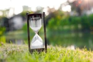 Wie lang ist ein Monat Fahrverbot? Wie viele Tage der Verzicht auf den Führerschein andauert, hängt vom Monat ab.