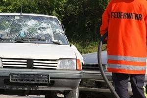 Eine Geschwindigkeitsüberschreitung ist ein häufiger Grund für Unfälle