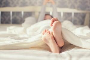Lärmbelästigung: Lauter Sex kann sowohl zur Mietminderung als auch zur Kündigung führen.