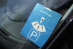 Für Besucherparkplätze ist die Parkdauer häufig begrenzt.