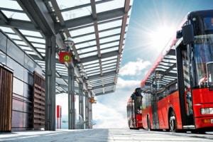 Welche Vorschriften gelten für das Halten an einer Bushaltestelle?