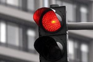 2-Phasen-Ampel: Das Überfahren bei Rot bringt Sanktionen mit sich.