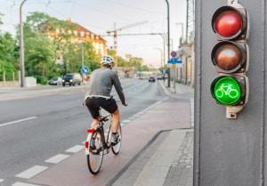 Bettelampeln gibt es in der Regel für den Fußgänger- und Radverkehr.