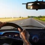 Beim Buchen von einem Mietwagen sollten Fahrer einige wichtige Punkte beachten.
