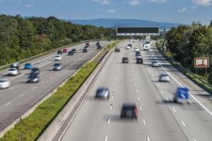 Wann droht Autofahrern auf der Autobahn ein Bußgeld?
