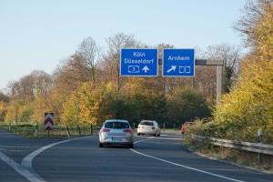 BUÜber Autobahnschilder und ihre Bedeutung informiert unser Ratgeber.