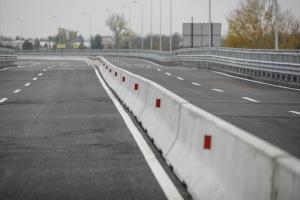 In Europa gibt es eine einheitliche Richtlinie für Fahrzeugrückhaltesysteme.